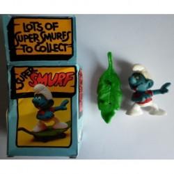 4.0204 40204 Schleich Peyo Super Smurf Puffo con skateboard