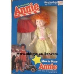 Knickerbocker bambola il mondo di Annie 29 cm