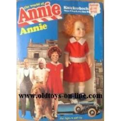 Knickerbocker bambola il mondo di Annie 14 cm