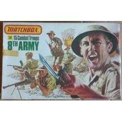 Matchbox soldatini truppe combattimento 8 armata 1/32 1978