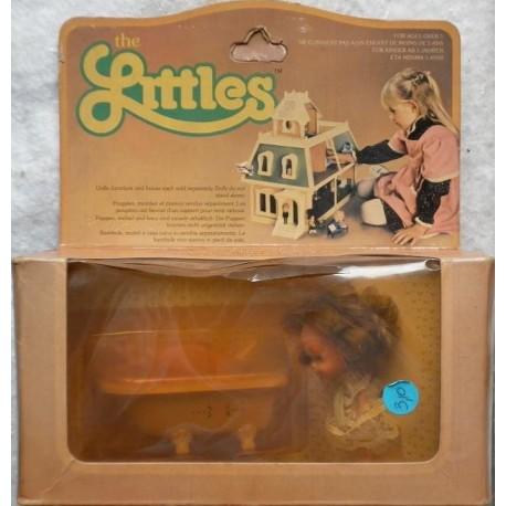 The Littles bambolina Daphne e vasca da bagno