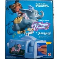 Famiglia Cuore Heart Family - Disneyland park Dumbo vola